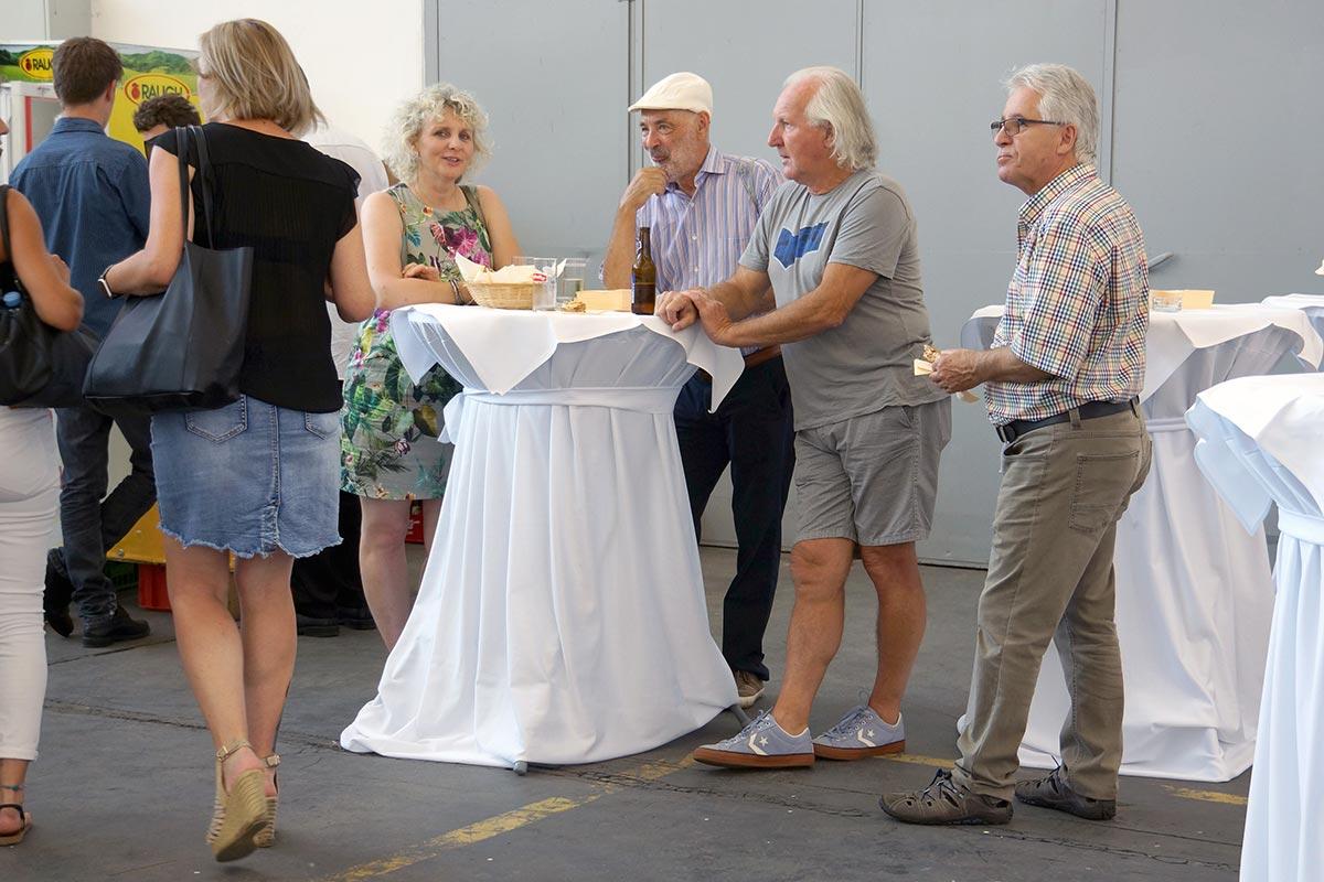 Großansicht Vernissage Hannes Mlenek